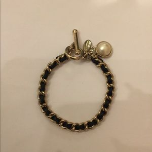 Ann Taylor Beautiful  bracelet new without tag